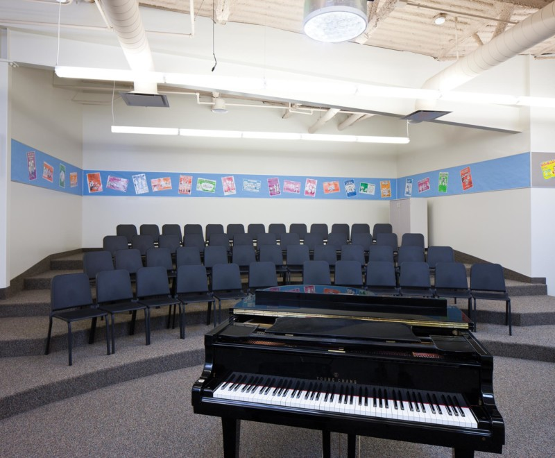 Albion-Middle-School-Interior-Choir-Room