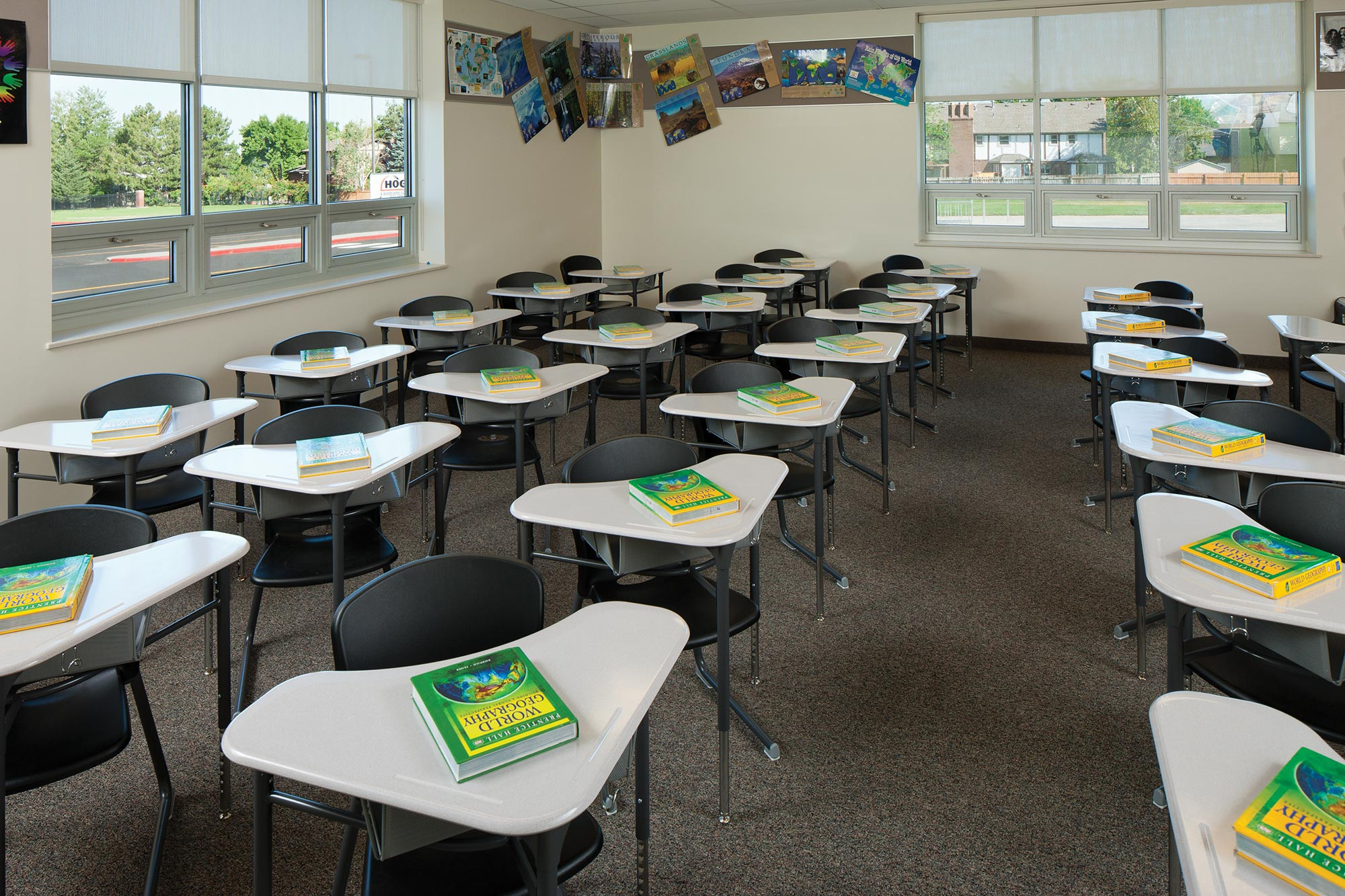 Albion-Middle-School-Interior-Classroom