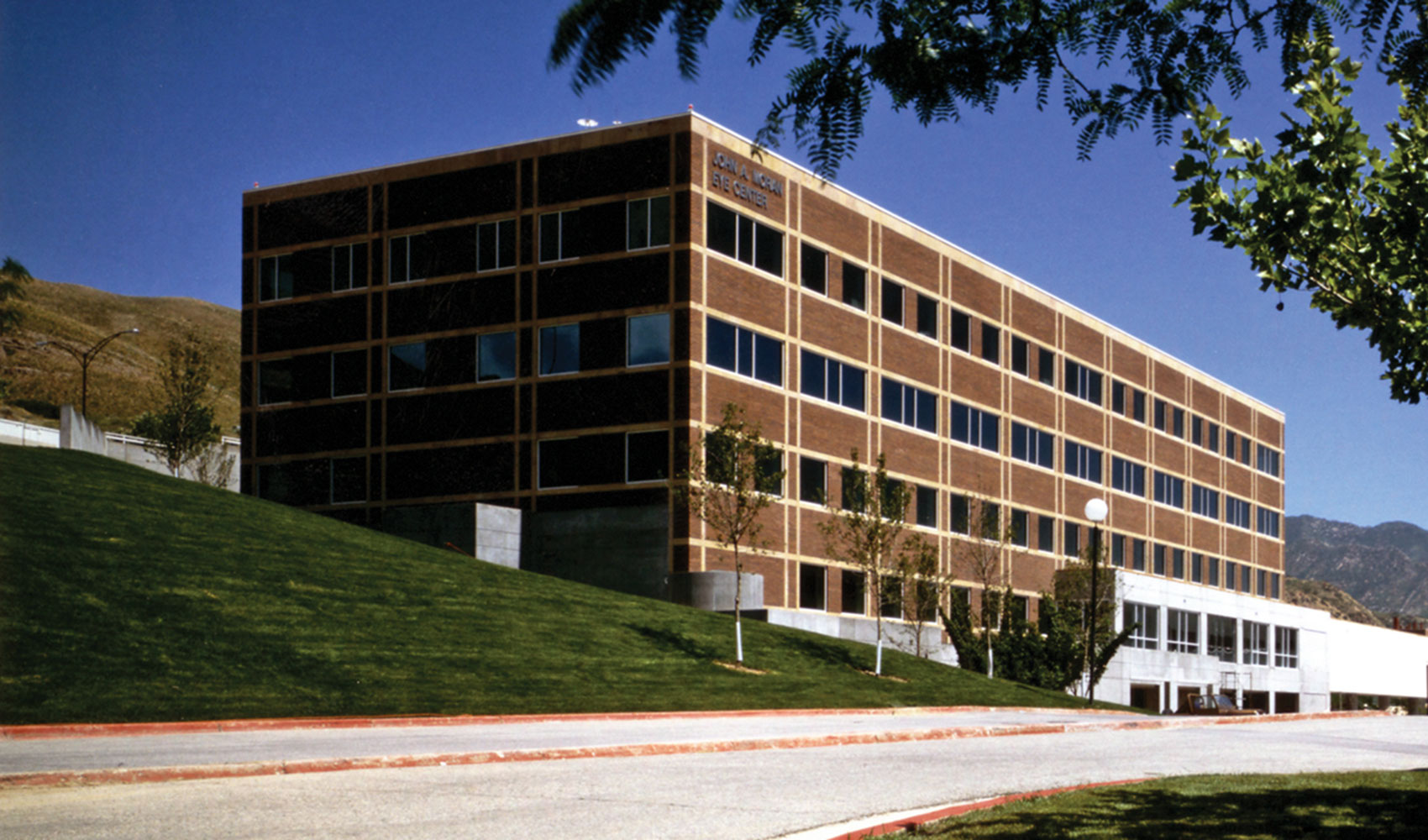 Clinical Neurosciences Center Entrance