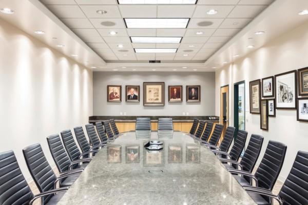 Jacobsen-Construction-Interior-Executive-Meeting-Room